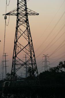 Free Huge Steel Tower Royalty Free Stock Image - 4708336