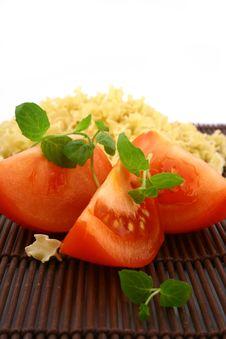 Free Fresh Basil And Tomato Stock Photo - 4709450