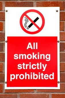 Free Smoking Prohibited Sign Royalty Free Stock Photography - 4711727