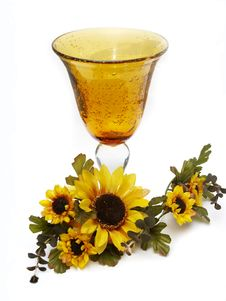 Free Big Yellow Wineglass With Artificial Sunflowers Royalty Free Stock Photo - 4716575