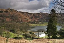 Free Isolated Cottage By Loughrigg Tarn Stock Photography - 4720852