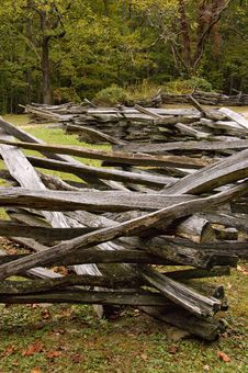 Free Wooden Fence Royalty Free Stock Photo - 4723685