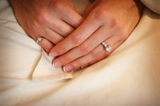 Free Brides Hands In Her Lap Royalty Free Stock Images - 4726639