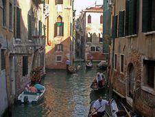 Narrow Streets Of Venice Royalty Free Stock Photography