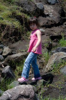 Free Girl Walking On Rocks Royalty Free Stock Photography - 4734477