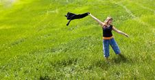 Free Young Woman Playing On Field Stock Photography - 4734542