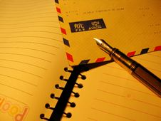 Free Pen And Air Postal Envelope Stock Photography - 4735672