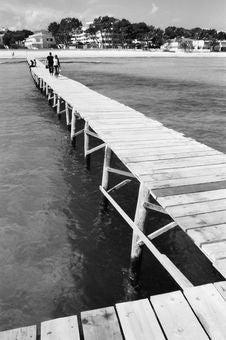 Free Pontoon And Sea Stock Image - 4736911