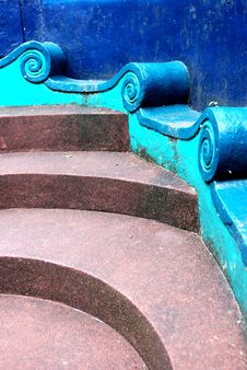 Free Curvy Staircase Royalty Free Stock Image - 4738406