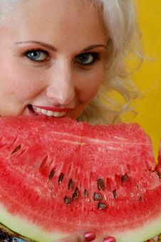 Free Closeup A Beautifull Woman Eat A Water-melon Stock Images - 4738854