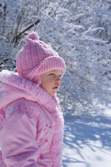 Free Young Girl In Snow Royalty Free Stock Photography - 4744167
