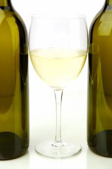 Free White Wine Bottles Royalty Free Stock Photos - 4745568