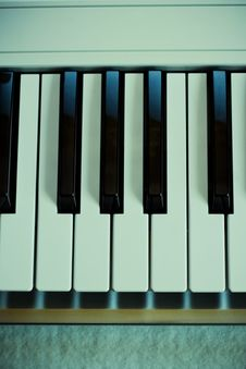 Free Piano Keyboard Stock Images - 4748324