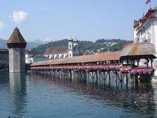 Free Chapel Bridge In Lucerne, Swit Royalty Free Stock Photo - 4751685