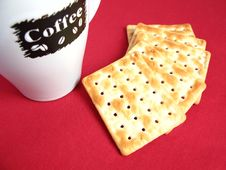 Free Coffee With Crackers. Royalty Free Stock Images - 4753539