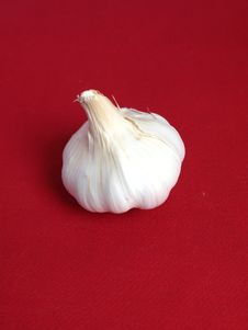 Free Garlic In A Red Background Royalty Free Stock Photo - 4753825