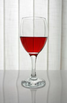 Free Red Wine Glass Royalty Free Stock Photo - 4757495