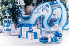 Free White Christmas Gifts With Blue Ribbons Stock Photo - 47594400