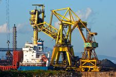 Free Crane In Piombino Harbor, Italy. Stock Photography - 4762902