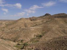 Free Mountain Near Matmata (Tunisia) Royalty Free Stock Photography - 4766137