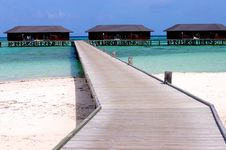 Free Water Villas Royalty Free Stock Photo - 4770845