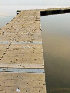 Free Pier On Lake 2-5 Stock Images - 4771474