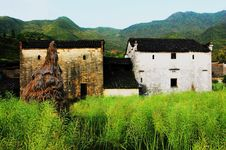 Free Chinese Ancient Villages Royalty Free Stock Photography - 4771517