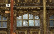 Free Old Wooden Door Royalty Free Stock Photography - 4771847