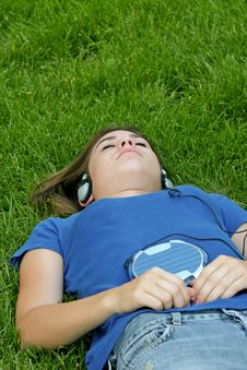 Free Teenager Listening To Music Stock Photos - 4772523