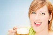 Free Irish Girl With A Beer Royalty Free Stock Images - 4773699