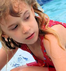 Free Wet Little Girl Stock Image - 4781301