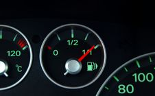 Free Dashboard And Fuel Indicator Royalty Free Stock Photos - 4787898