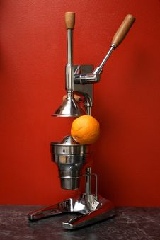Free Orange And Manual (mechanical) Squezeer Royalty Free Stock Photo - 4788255