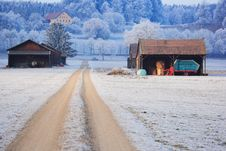Free Barns In Winter Stock Images - 4789474