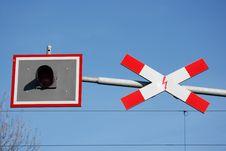 Free Railroad Crossing Sign Horizontal Royalty Free Stock Image - 4789526