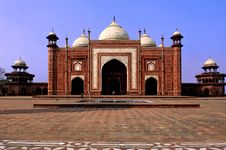 Free India, Agra: Taj Mahal Mosque Stock Images - 4791824
