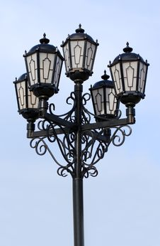Free Old Black Street Lamp Royalty Free Stock Photo - 4796265