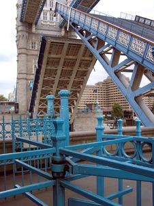 Free Tower Bridge, London Royalty Free Stock Photos - 481138