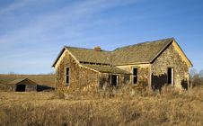 Free Abandoned Homestead 2 Royalty Free Stock Photos - 484698