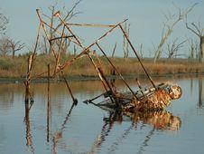 Free Sunken Shrimp Boat Stock Images - 485354