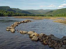 Free Norwegian Lake Royalty Free Stock Image - 485416