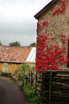 Free Farmhouse1 Royalty Free Stock Image - 488046