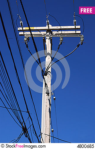 Free Electrical High Voltage Pole Royalty Free Stock Photo - 4800685