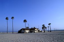 Free House On The Beach Royalty Free Stock Photos - 4806818