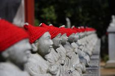 Free Statuary With Red Hat Royalty Free Stock Photo - 4808465