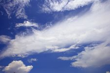 Free Sky And Clouds Royalty Free Stock Photography - 4816067