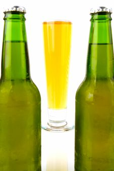 Free Cold Beer Stock Image - 4817941