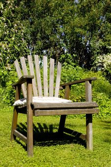 Free Garden Chair Royalty Free Stock Image - 4818036