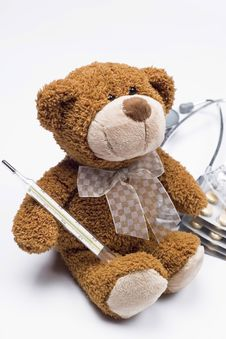 Free Teddy Bear As A Doctor Royalty Free Stock Photography - 4818207