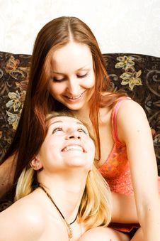 Free Two Smiley Women Royalty Free Stock Photos - 4818578
